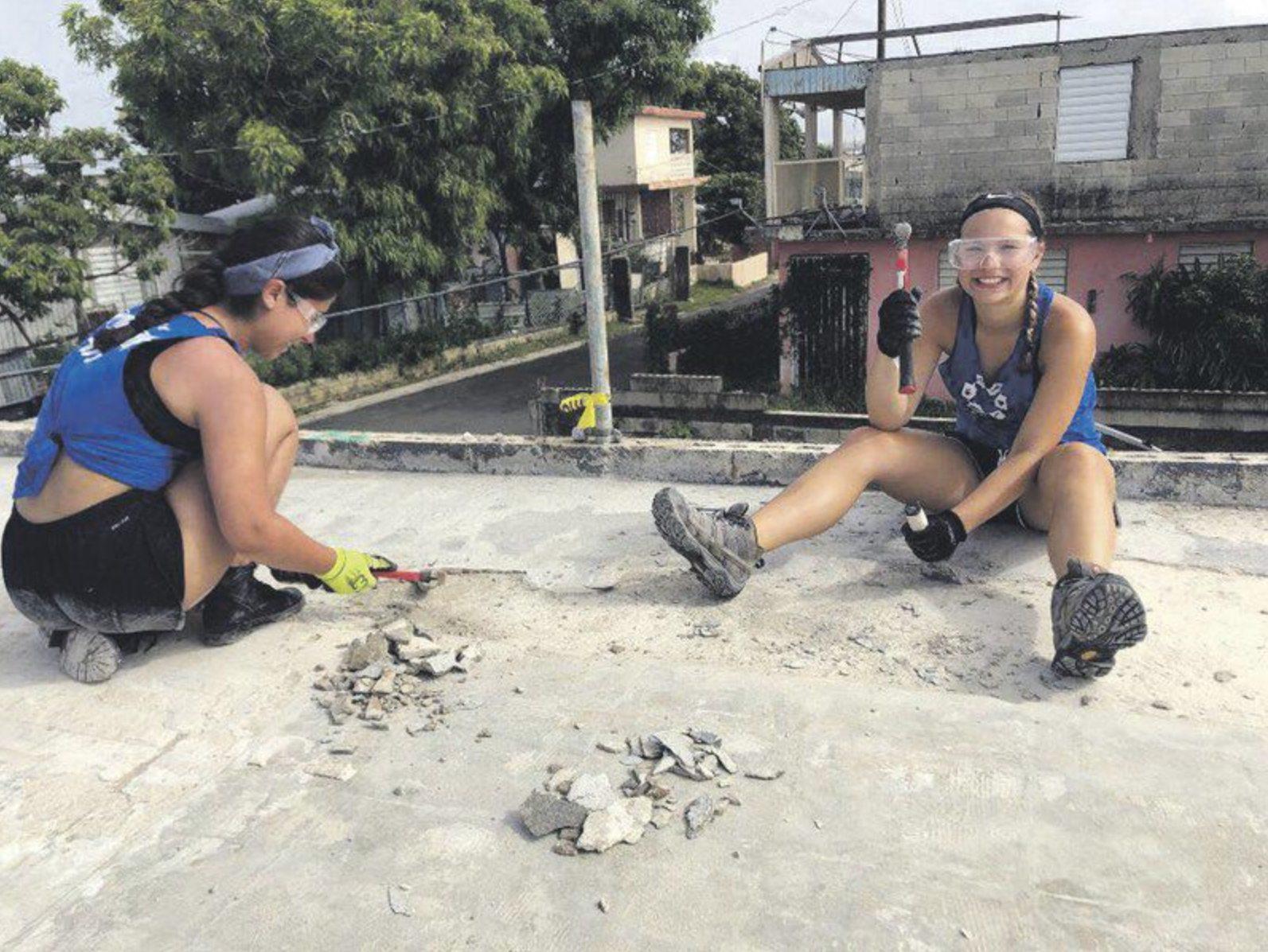 Suny Oneonta Students Help In Puerto Rico Nechama